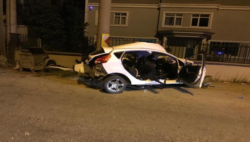 Bursa'da bu araç 4 gence mezar oldu
