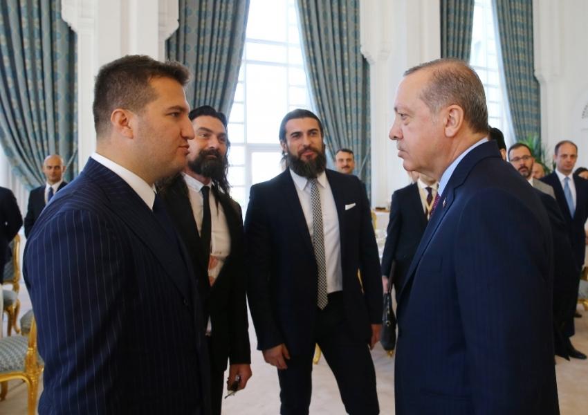 Erdoğan, Diriliş Ertuğrul oyuncularıyla sohbet etti