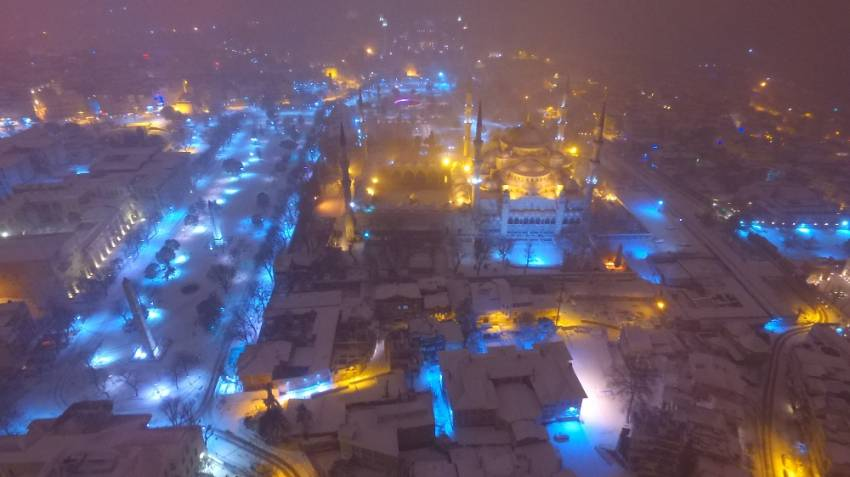 Sultanahmet'te eşsiz kar manzarası