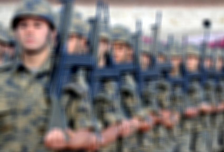 21 bin 500 FETÖ şüphelisi askere işlem yapıldı