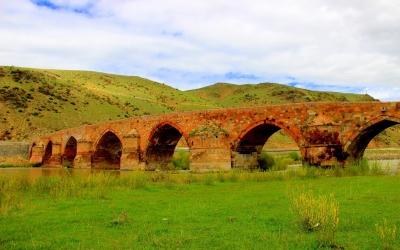 Tarihin en eski köprülerinden birisi