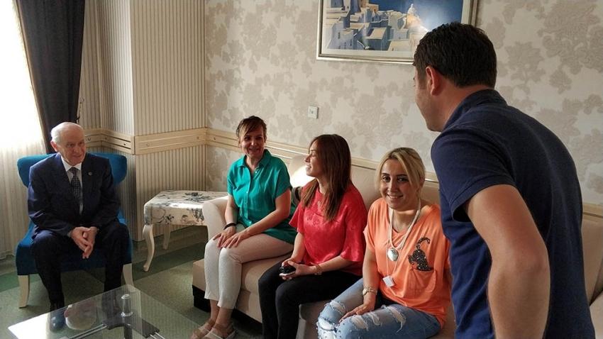 Bahçeli'den kazada yaralanan İYİ Partili başkana ziyaret