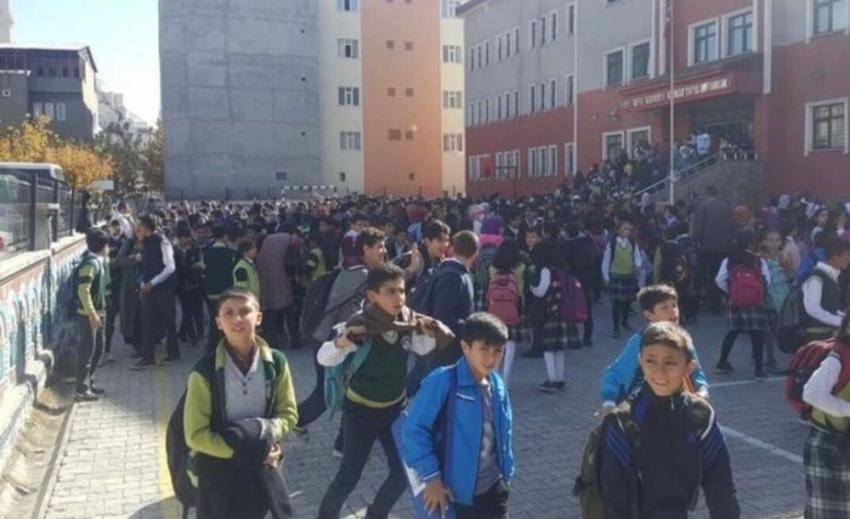 Deprem nedeniyle eğitim-öğretime 1 gün ara