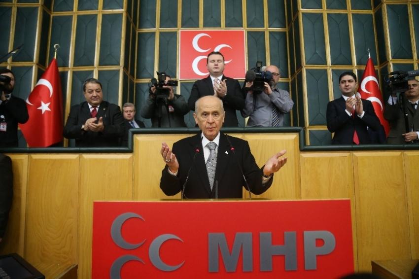 """""""Türkiye'nin karşısında mevzilenmişlerdir"""""""