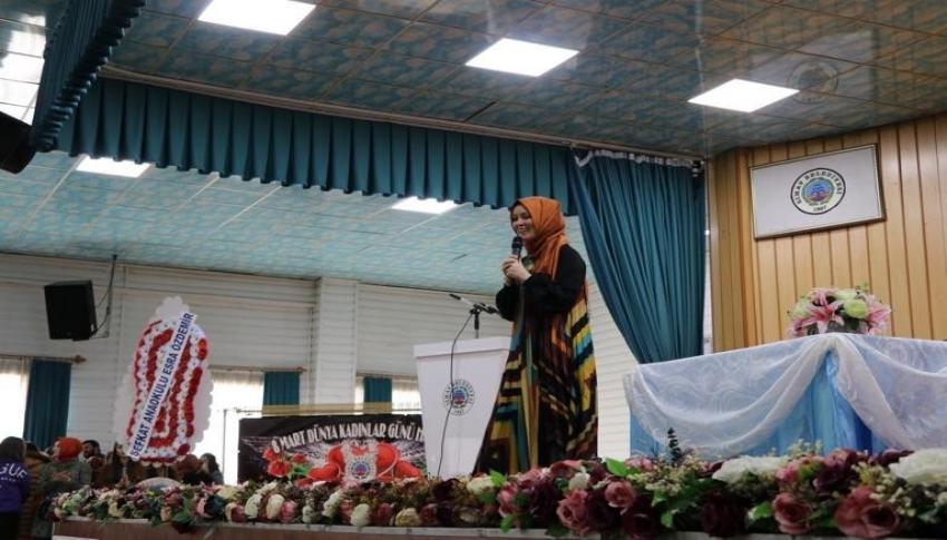 Simav'da 'Bağırmayan anneler' konferansı