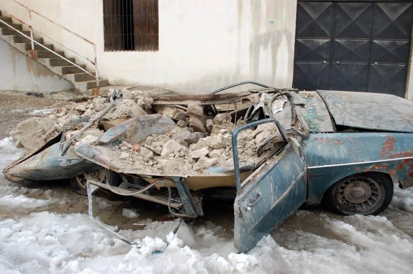 Manisa'da değirmenin çatısı çöktü