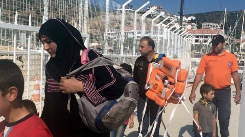 100 Suriyeli kaçak yakalandı