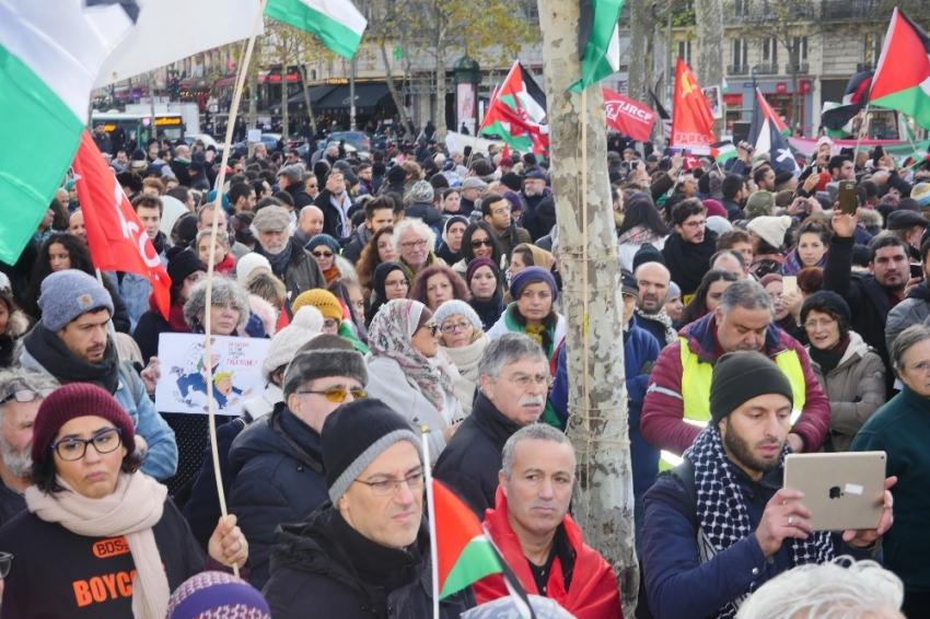 Paris'te Kudüs protestosu