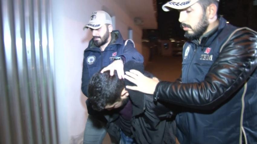 DEAŞ'lı  babanın diğer oğlu ve karısı da yakalandı