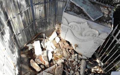 Kadıköy'de tarihi çeşme, aylardır restore edilmeyi bekliyor
