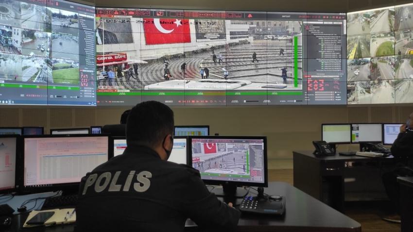 Bursa'da MOBESE'yle maskesiz avı