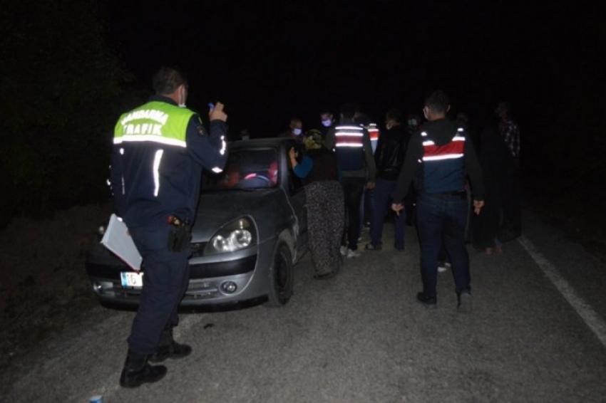 Bursa'da yol kesip husumetlilerine saldırdılar