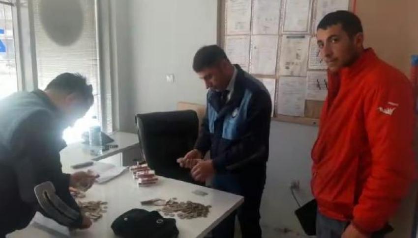 Bursa'da engelli gibi davranan dilencileri zabıta ekipleri yakaladı