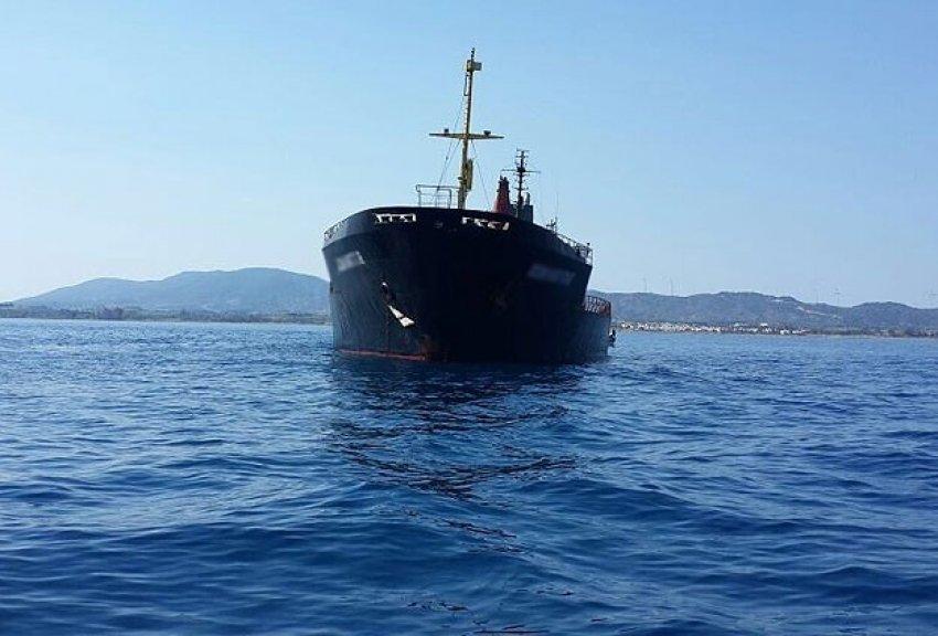 Saldırıya uğrayan gemi Türkiye'ye getirilecek