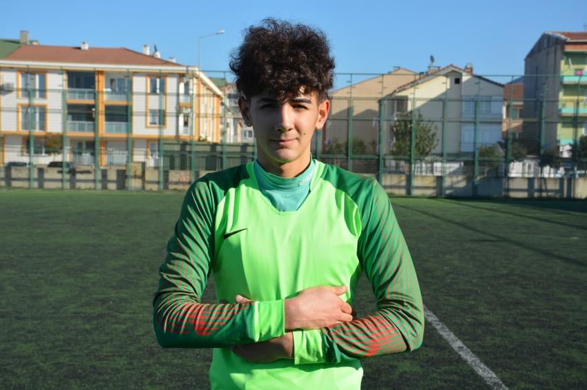 Gemlik Belediyespor'un genç file bekçisi Bursaspor'da