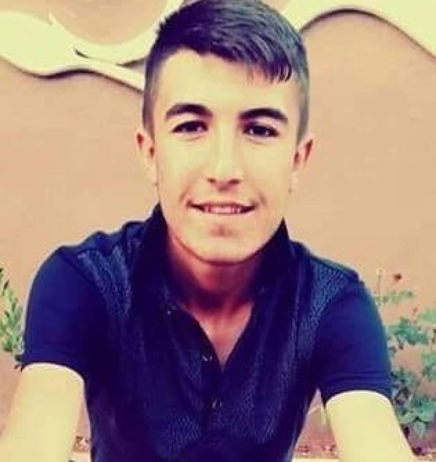 18 yaşındaki genç evinde ölü bulundu