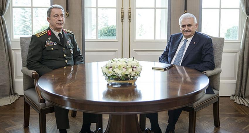 Başbakan,Genelkurmay Başkanı Akar'ı kabul ediyor