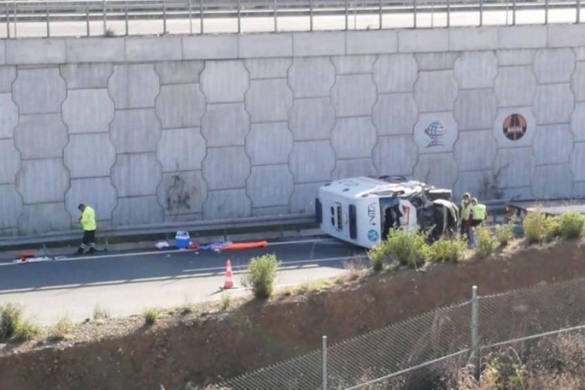Bursa'da ambulans 6 metre yükseklikten düştü!