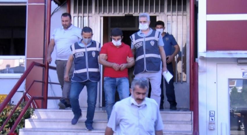 Bursa'da arkadaşını vahşice öldürdü