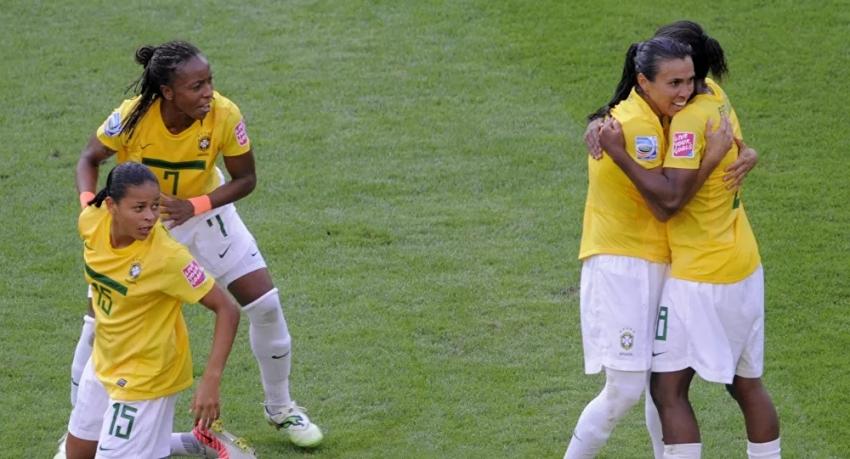 Brezilya kadın yıldızları Neymar'ı geride bıraktı