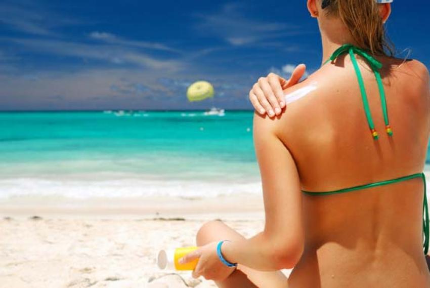 Sıcak havada güneş yanıklarına dikkat