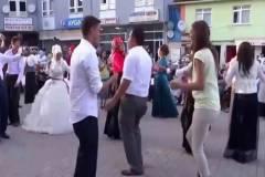 Güzel Kızı Görünce Düğünü Unutan Kameraman