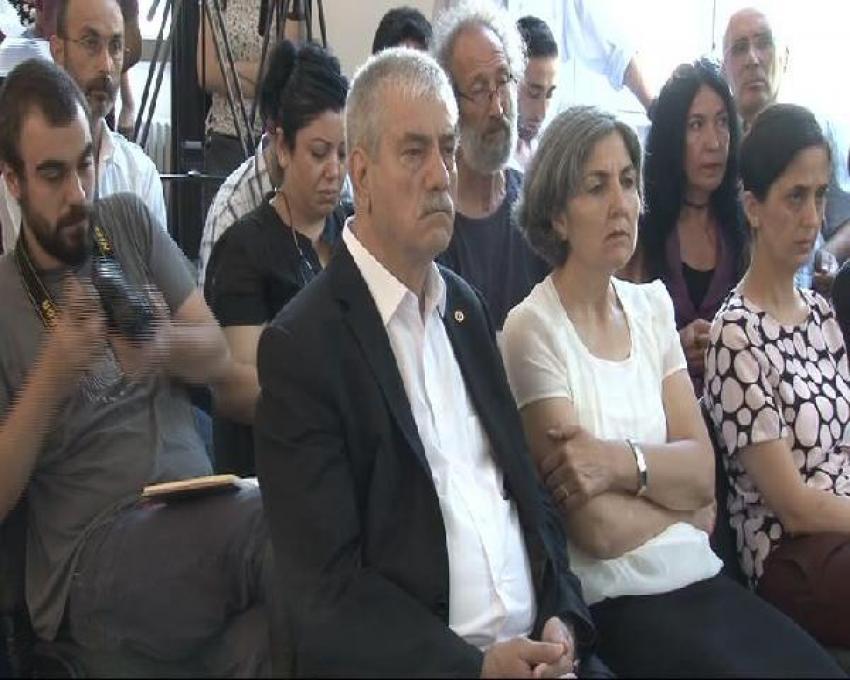 """HDP ve CHP' destek verdiği """"Barış Bloku"""" kuruldu"""