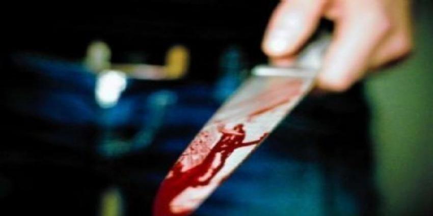 Bursa'da akılalmaz kaza! Belindeki bıçak karnına saplandı