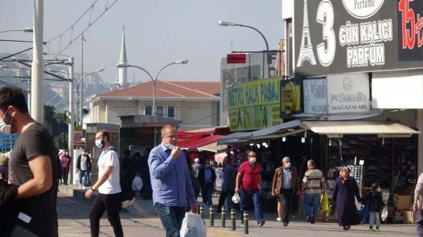 Bursa'da virüs artıyor ama vatandaş umursamıyor!