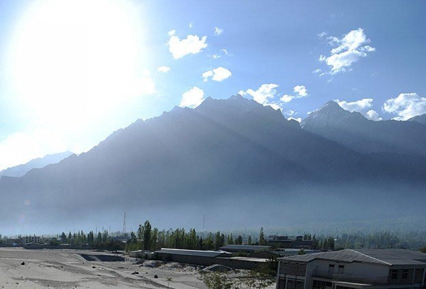 Nepal depremi Himalayaları kısalttı!