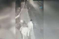 Hırsızlar önce güvenlik kamerasına, sonra polise yakalandı