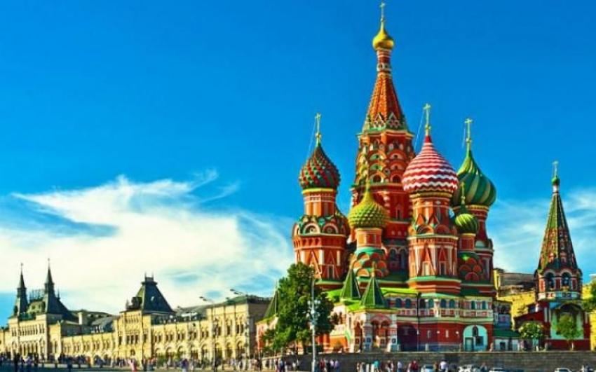 """Rusya, Çekya'nın 20 diplomatını """"İstenmeyen kişi"""" ilan etti"""