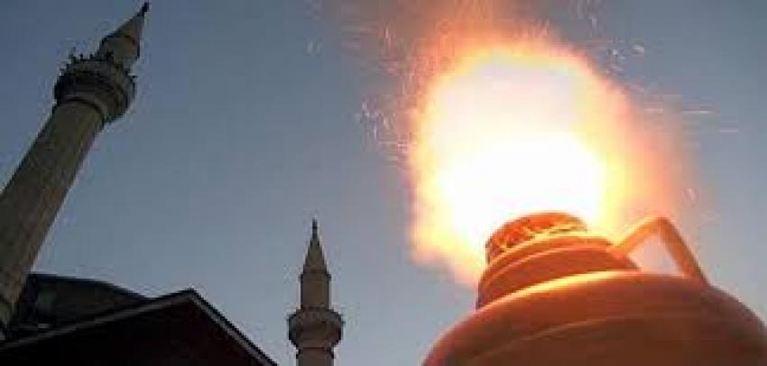Ramazan topu gözünden etti