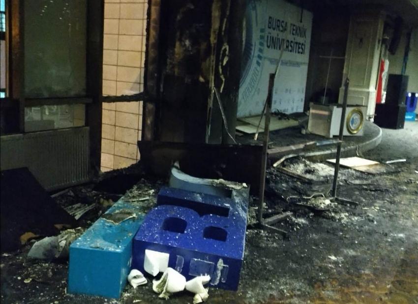 Bursa Teknik Üniversitesi'nde 'yangın' paniği!