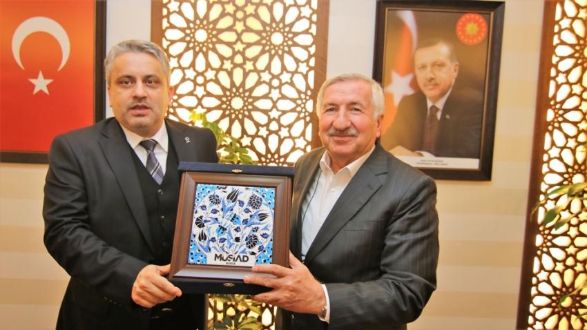 MÜSİAD AK Parti'yi ziyaret etti
