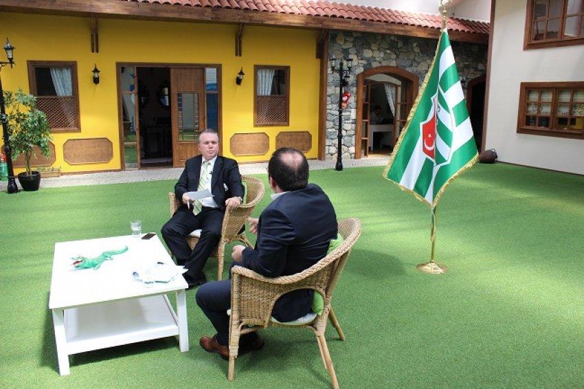 C. Özkan Bursa.com'a konuk oldu