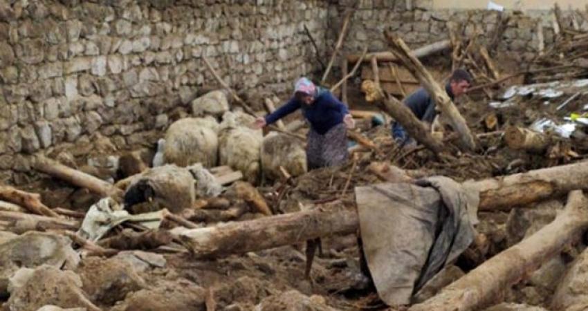 İran'daki deprem Van'da can aldı