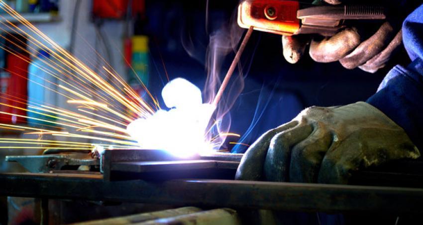 Zor ve ağır işlerde çalışanların oruç tutmaması caiz mi?