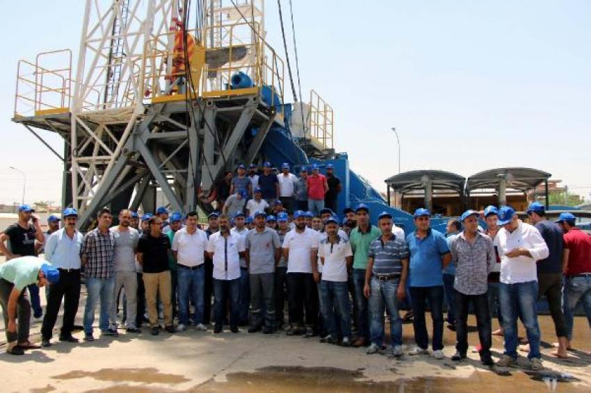 İşçiler petrol arama kulesini işgal etti!