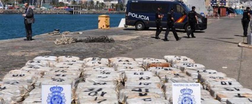 Türk gemisinde 12 ton esrar yakalandı