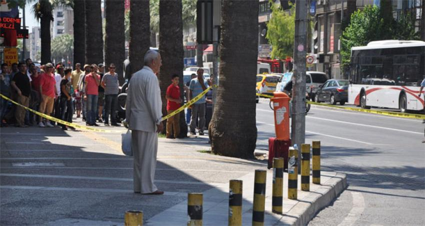 İzmir'in göbeğinde bomba paniği