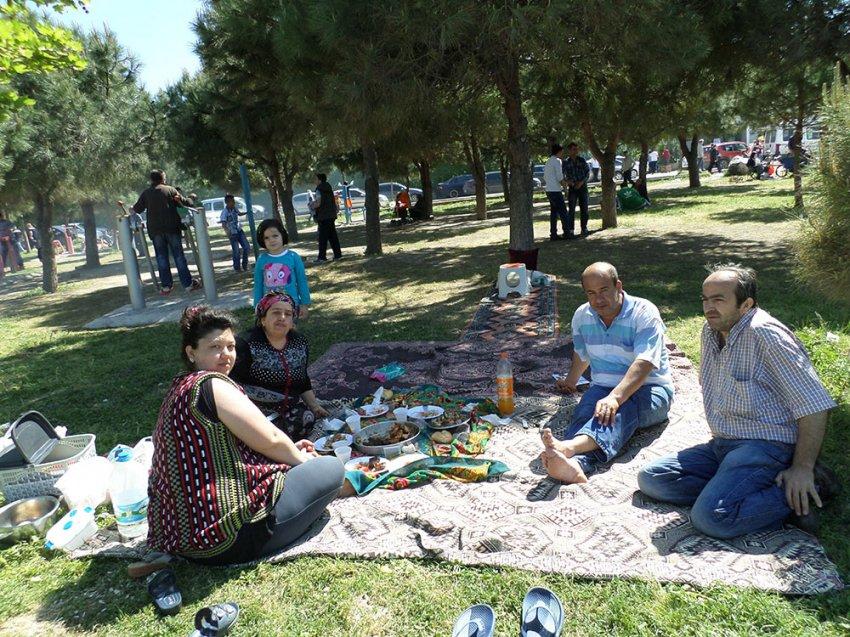Bursalılar güneşin tadını doyasıya çıkarttı