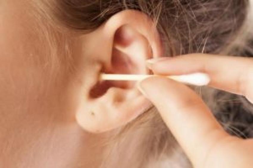 Kulak kanalına temizleme çubuğu sokmayın uyarısı!