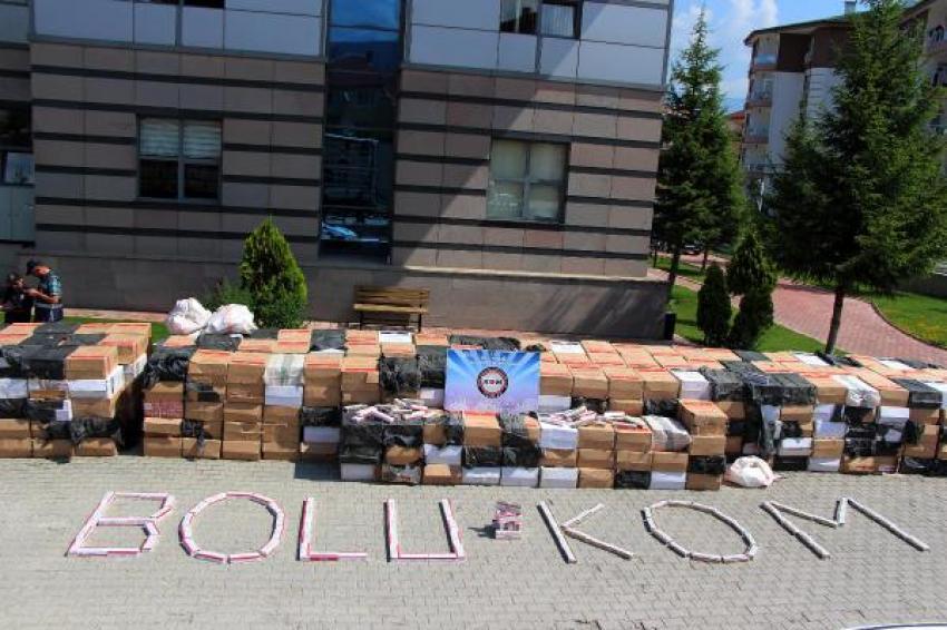 Sahte mühürlü TIR'dan 3 bin paket kaçak sigara çıktı