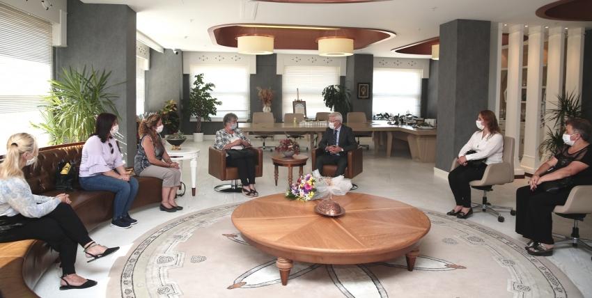 CHP'li kadınlar Başkan Erdem'e hedeflerini anlattı