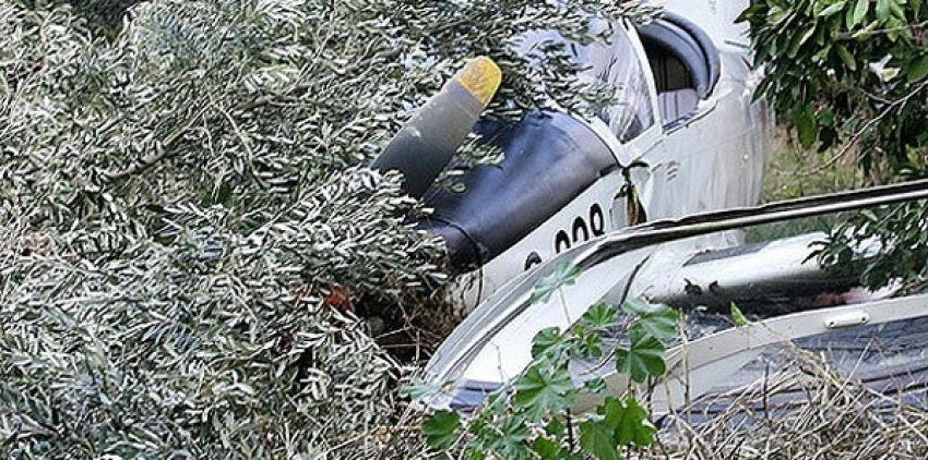 iki uçak havada çarpıştı: 2 ölü