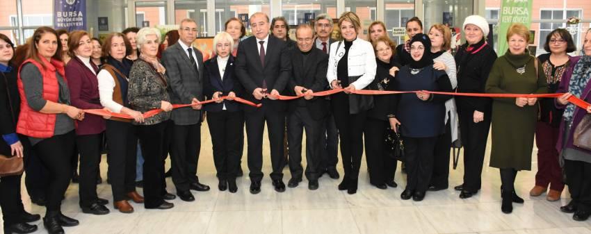 Bursa Kent Konseyi'nden 'Sevgi ve Barış' temalı sergi