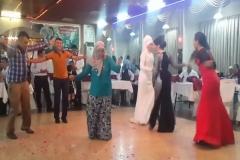 Kiraz Dalı Böyle Oynanır Kırmızı Elbiseli Bayana DİKKAT !!!