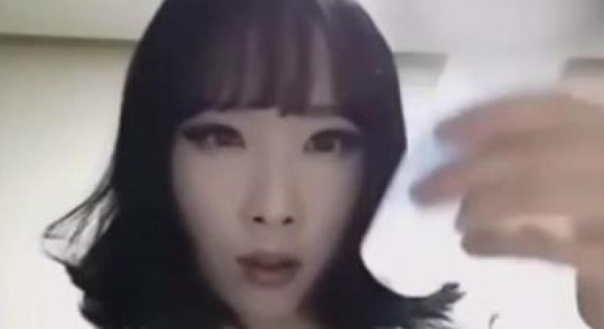 Koreli kız makyajla bakın nasıl değişiyor