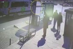 Korkunç kaza: Anne ile oğlu metrelerce sürüklendi